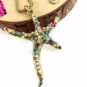 NWT Betsey Johnson star fish necklace